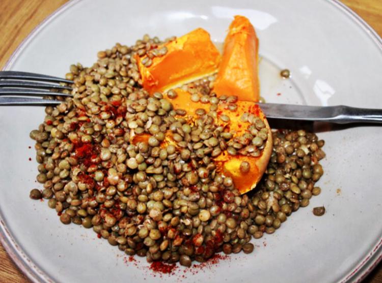 Warm Tuscan lentil salad